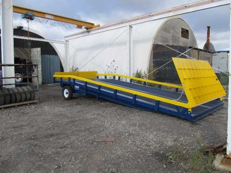 HD50-10430 Adapt-A-Ramp with a 4 foot level-off and 30 incline section ready of service.